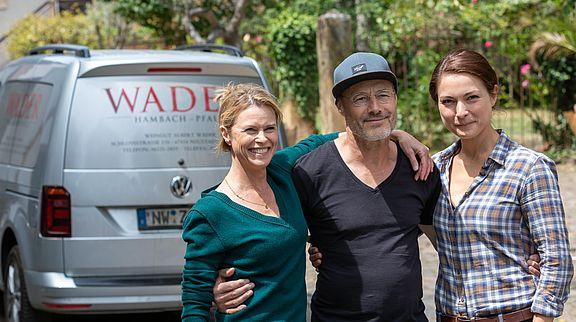 Waren von der Pfalz begeistert - die Hauptdarstellerinnen Leslie Malton (links) und Henriette Richter-Röhl sowie Regisseur Tomy Wigand.