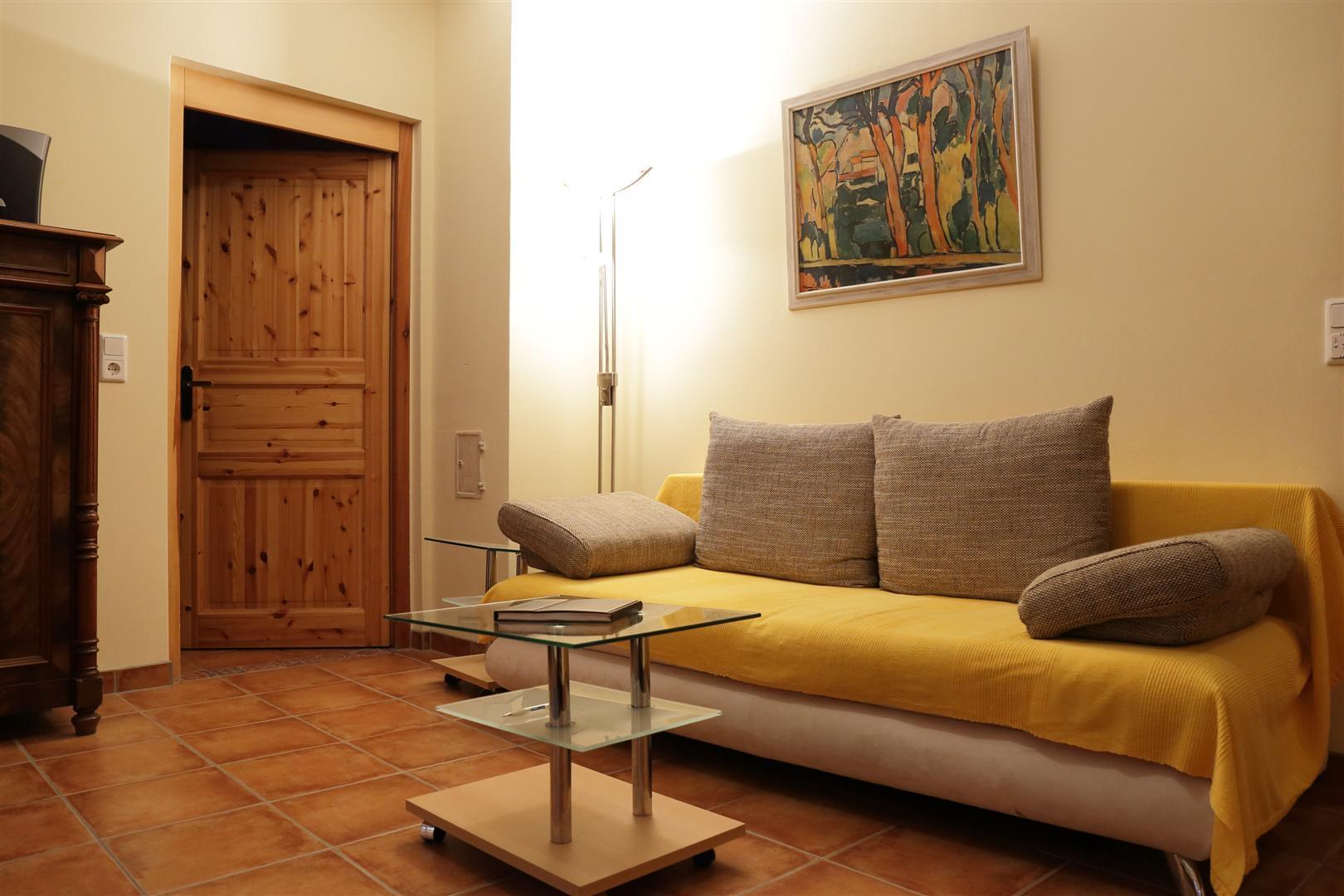 Wohnzimmer-2 (Groß)