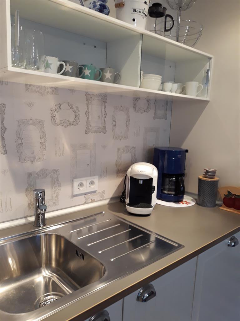 Kaffemaschine mit Filter und Kapselmaschine