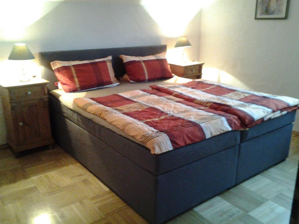 Kornfeld Schlafzimmer 2