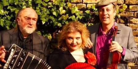 Trio Nostalgia