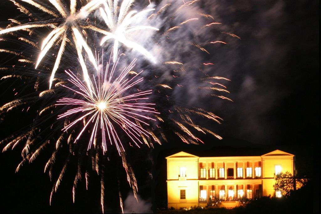 Villa - Feuerwerk