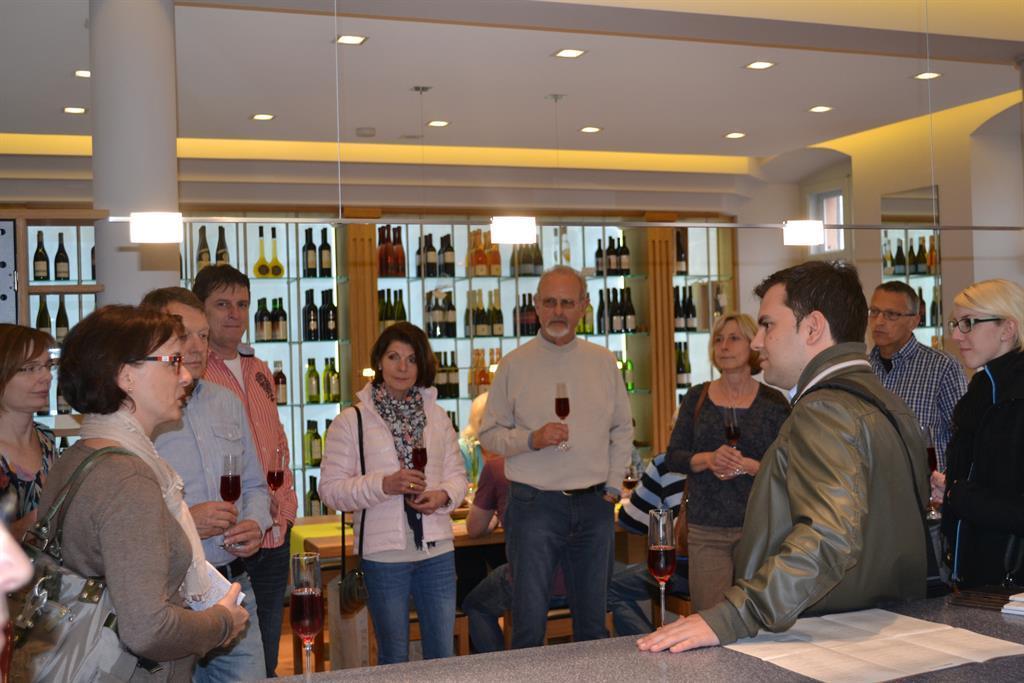 Weinkammer zur Begrüßung