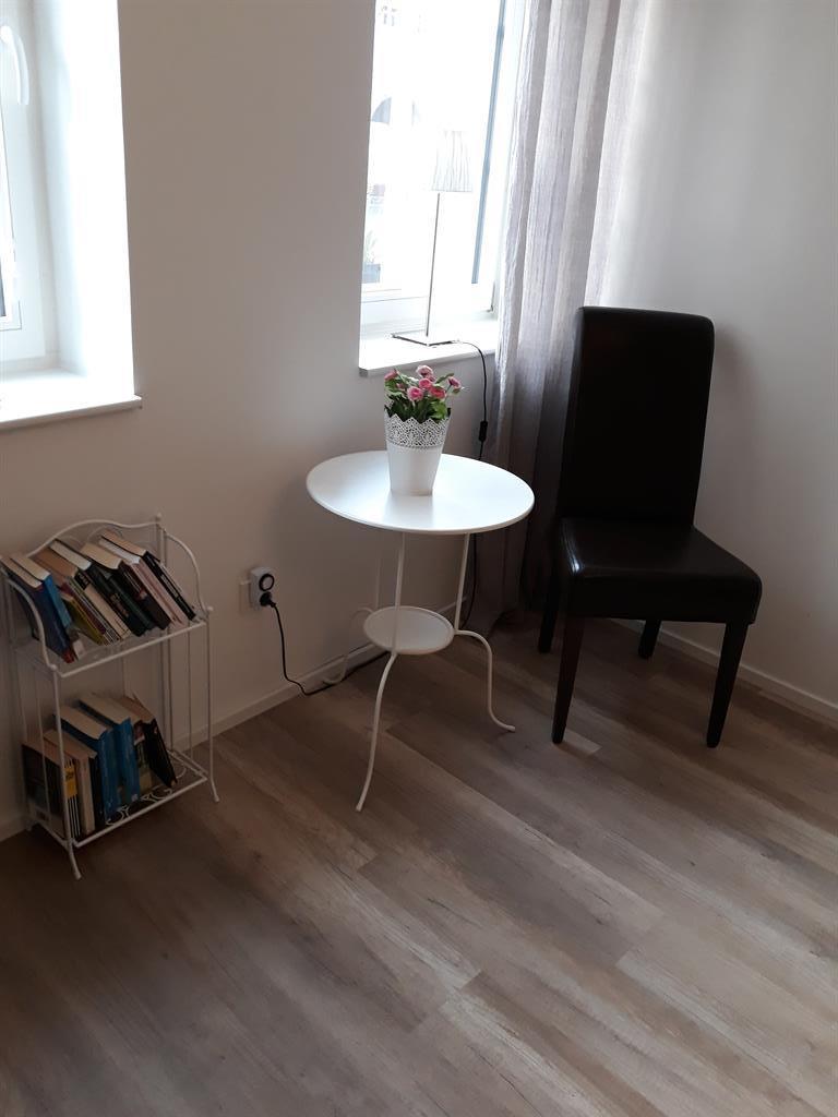 kleiner Sitzbereichn im Schlafzimmer